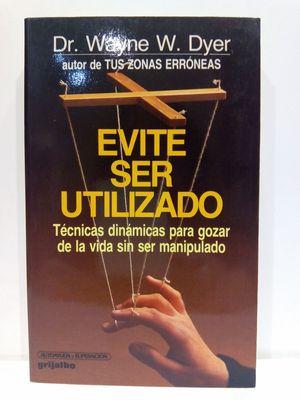 EVITE SER UTILIZADO/PULLING YOUR OWN STRINGS. (CON SU COMPRA COLABORA CON LA ONG  'CÁRITAS')